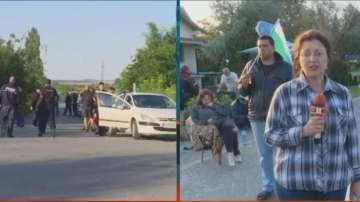 Продължава блокадата на пътя Сливен-Ямбол