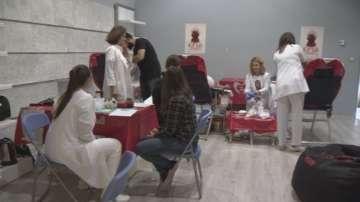 Фенове на Игра на тронове се включиха в акция по кръводаряване