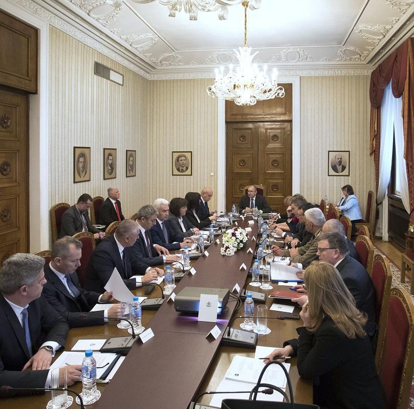 снимка 1 Без обща декларация след Консултативния съвет при президента
