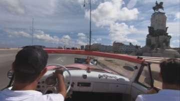 Ретро автомобили се събраха на рали в Хавана