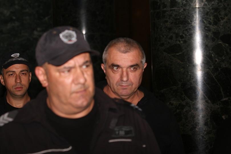 Отложиха делото за преместването на Будимир Куйович