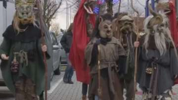 Германски кукери гонят зимните демони