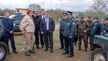 Каракачанов и Маринов инспектираха охраната на българо-гръцката граница