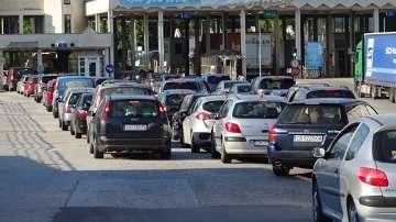 Засилен трафик на граничните пунктове в посока Гърция (СНИМКИ)