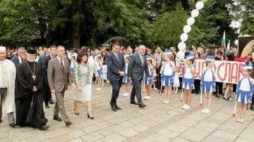 Цвета Караянчева: 24 май остава най-сплотяващият ни, най-българският празник
