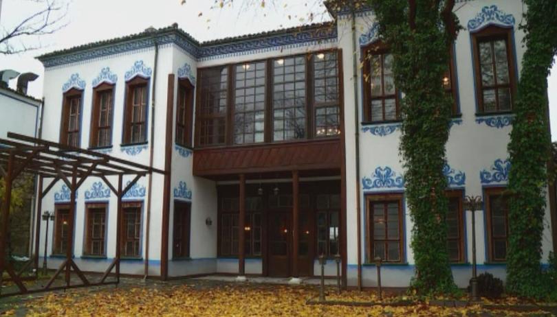 Снимка: Реставрират къщата на общественика Иван Черноземски в Пловдив