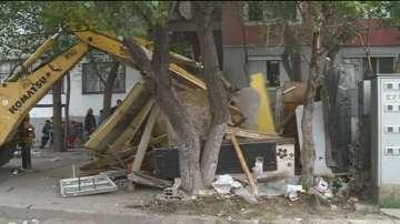 """Събориха незаконни къщи в пловдивския квартал """"Столипиново"""""""