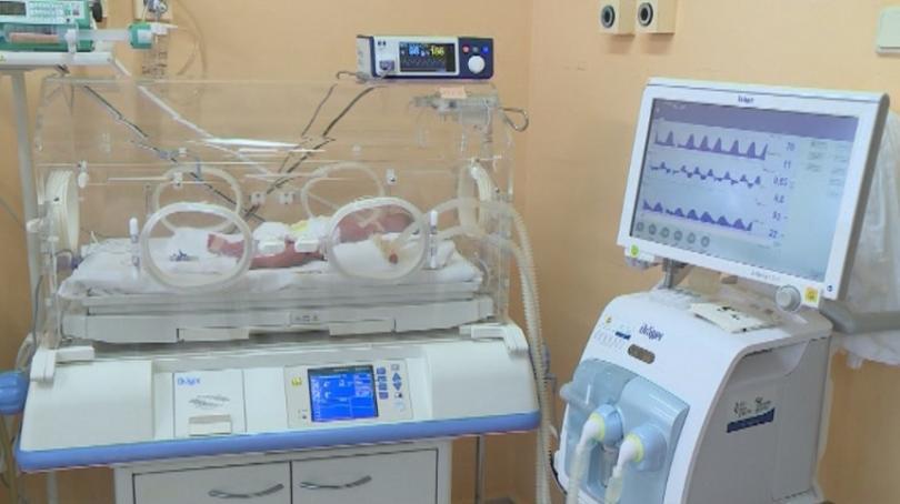 Всяка година специалистите от Неонатологичното отделение към Акушеро-гинекологичната болница във