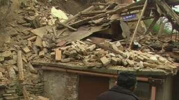 Осигуряват временен подслон за собственика на рухналата къща