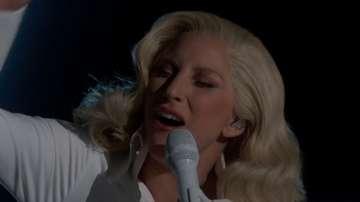 Лейди Гага разплака публиката на Оскарите