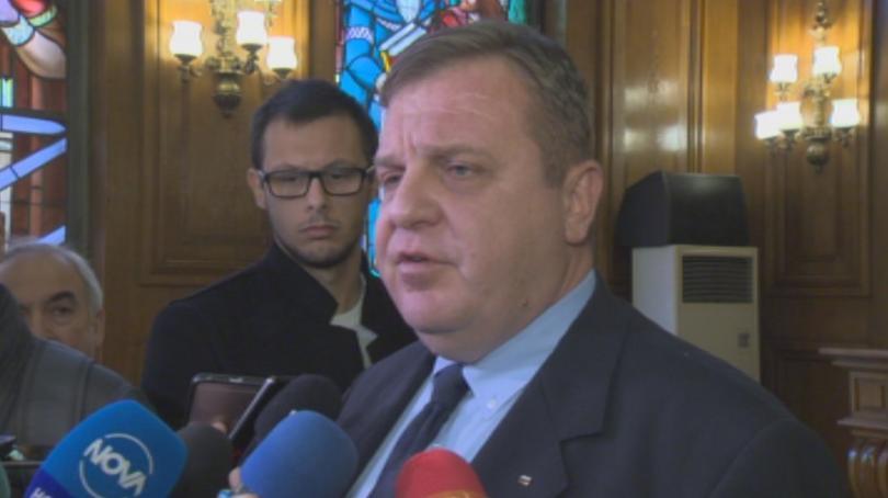 Министърът на отбраната Красимир Каракачанов определи нападението над курсантите като