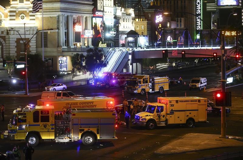 снимка 8 Стрелбата в Лас Вегас в снимки и видеа на очевидци