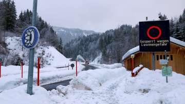 Опасност от лавини и наводнения в Алпите
