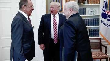 Белият дом разгневен от публикувани снимки на срещата Тръмп - Лавров