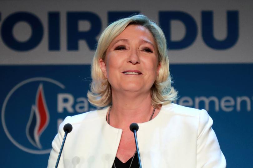 Льо Пен поиска разпускане на парламента във Франция