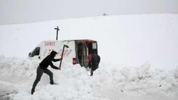 Снежна буря в Ливан причини сериозни щети