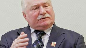 Бившият президент на Полша Лех Валенса е постъпил в болница