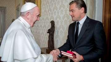 Леонардо ди Каприо благодари на папа Франциск на италиански език