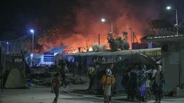 Задържаха 9 души за пожара на Лесбос