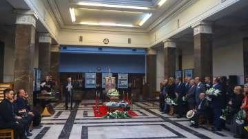 Приятели, политици и граждани си взеха последно сбогом с Любомир Левчев