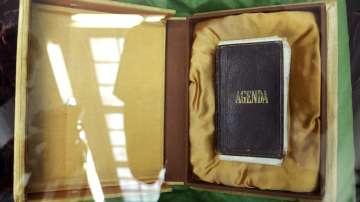 За срещата с ценната реликва на Апостола разказва Йордан Димитров