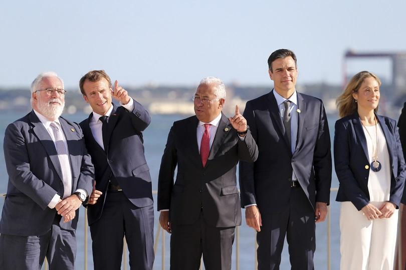 Лидерите на Франция, Португалия и Испания проведоха тристранна среща в