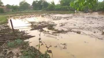 Десетки наводнени къщи в село Лиляче след поройния дъжд