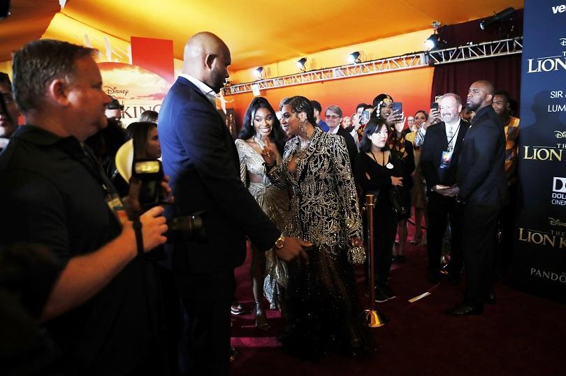 Американската поп звезда Бийонсе и цяла плеяда звезден актьорски състав