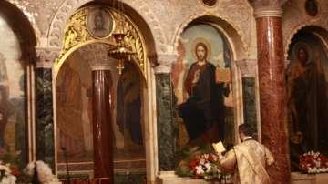 На Светли понеделник: Пасхална света литургия в Св. Александър Невски