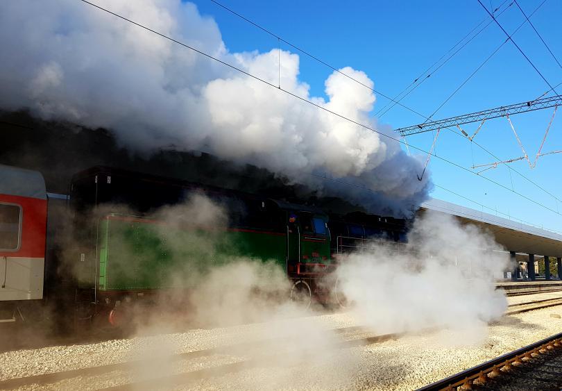 снимка 2 БДЖ организира празнично пътуване с ретро влак за Деня на независимостта