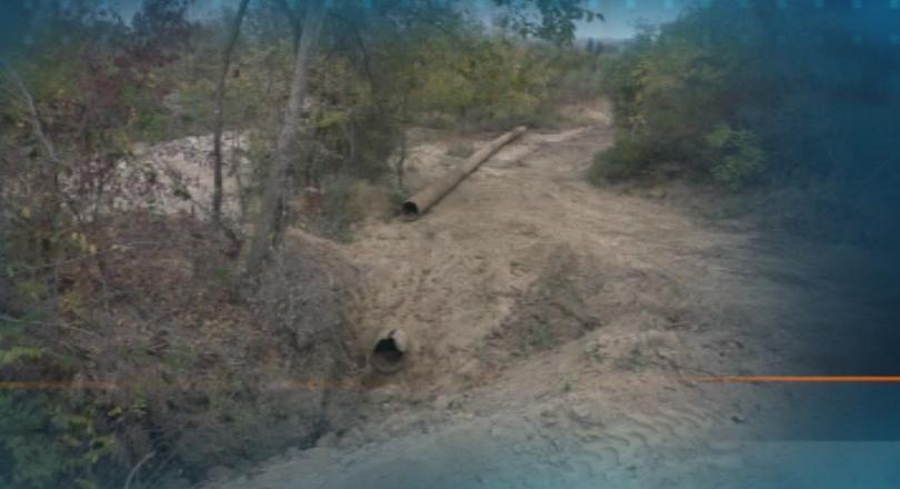 Тежка авария на основен водопровод остави близо 30 000 жители