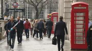 Лондонските телефонни кабини стават мини-офиси
