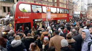 Транспортният хаос в Лондон ще продължи поне до утре сутринта