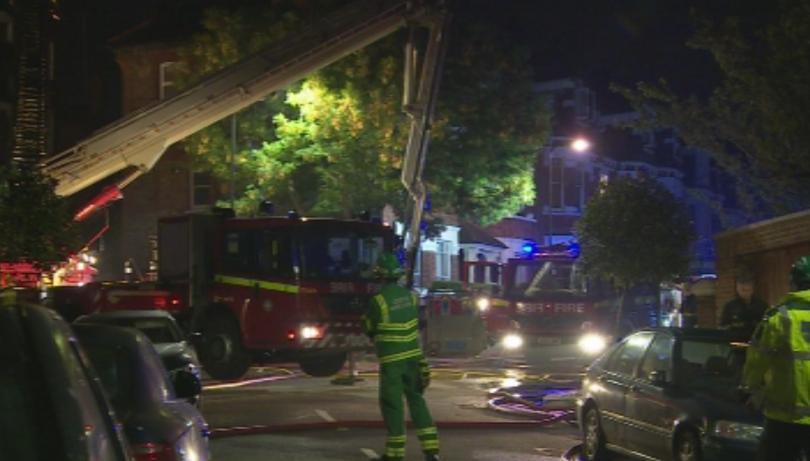 пожар избухна жилищен блок лондон