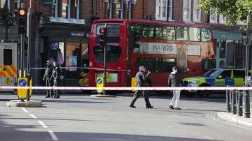 Британската полиция арестува 18-годишен младеж за атентата в Лондон