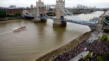 Екатерина Захариева: Българите във Великобритания ще запазят правата си