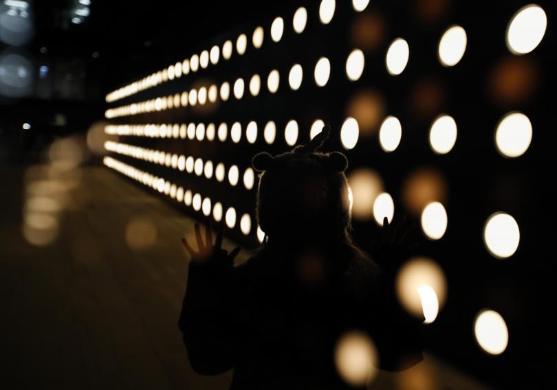Британската столица се озари приказно за втория си светлинен арт