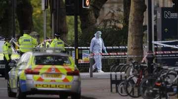 Кола се вряза в пешеходци пред Природонаучния музей в Лондон
