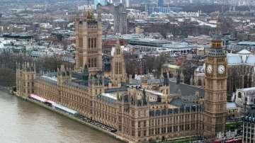 Британското правителство се събира да обсъди проектоспоразумението за Брекзит