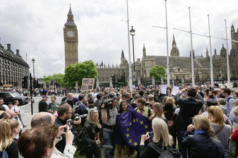 снимка 1 Петицията с искане за нов референдум във Великобритания подкрепена от над 2 млн.