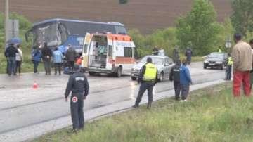 Несъобразена скорост е причина за тежката катастрофа край Луковит