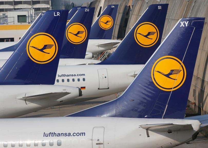 пилотите луфтханза призовани стачкуват ноември