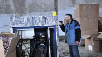 Открита е нелегална фабрика за производство на цигари в Луковит