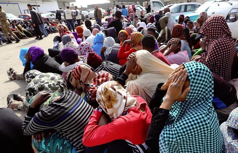 100 мигранти удавили корабокрушение либия