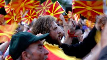 От нашите пратеници в Скопие: Политическата криза в Македония се задълбочава