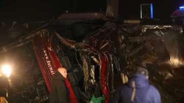 13 загинали при автобусна катастрофа в Македония