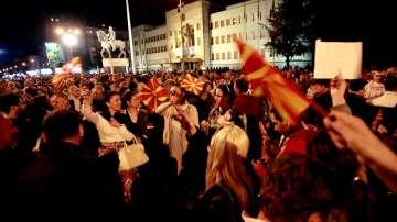Протести и контрапротести в Македония
