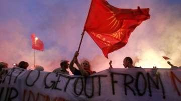Македонското правителство ще разгледа днес споразумението за името на страната