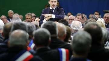 """Започна """"Големият дебат"""" с френския президент Макрон"""