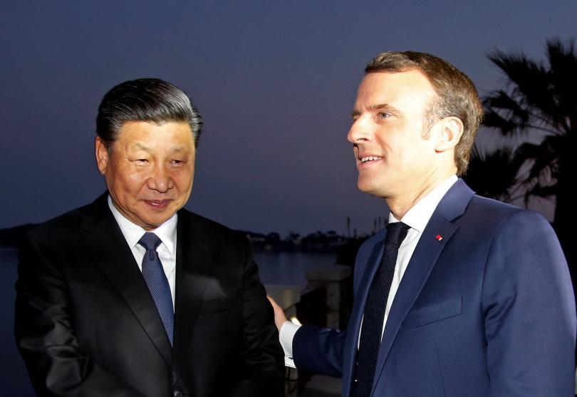 Президентът на Франция Еманюел Макрон се срещна снощи с китайския